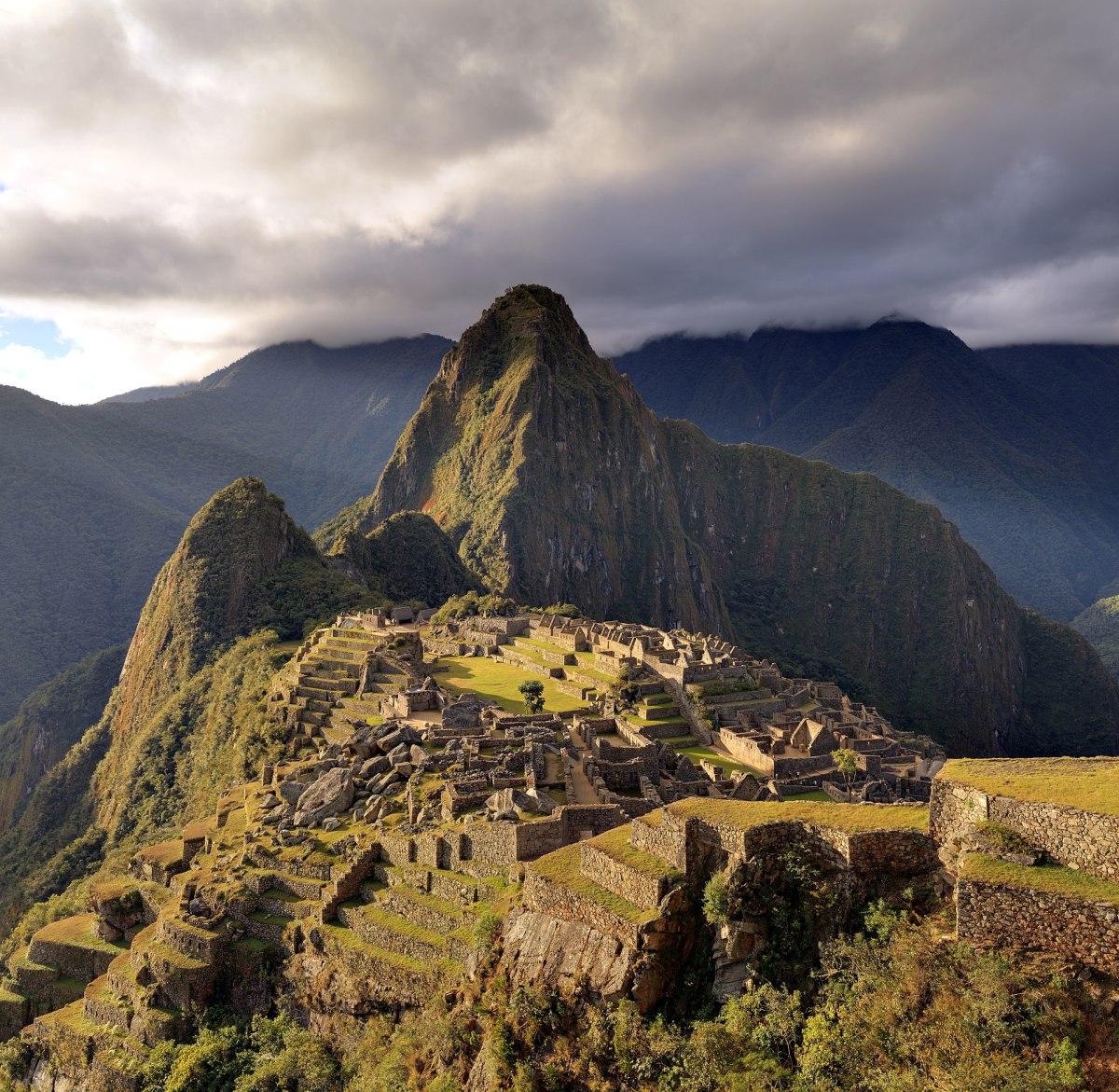1920px-80_-_Machu_Picchu_-_Juin_2009_-_edit.2